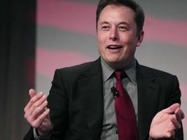 Here's How Studying Physics Made Elon Musk A Better Leader